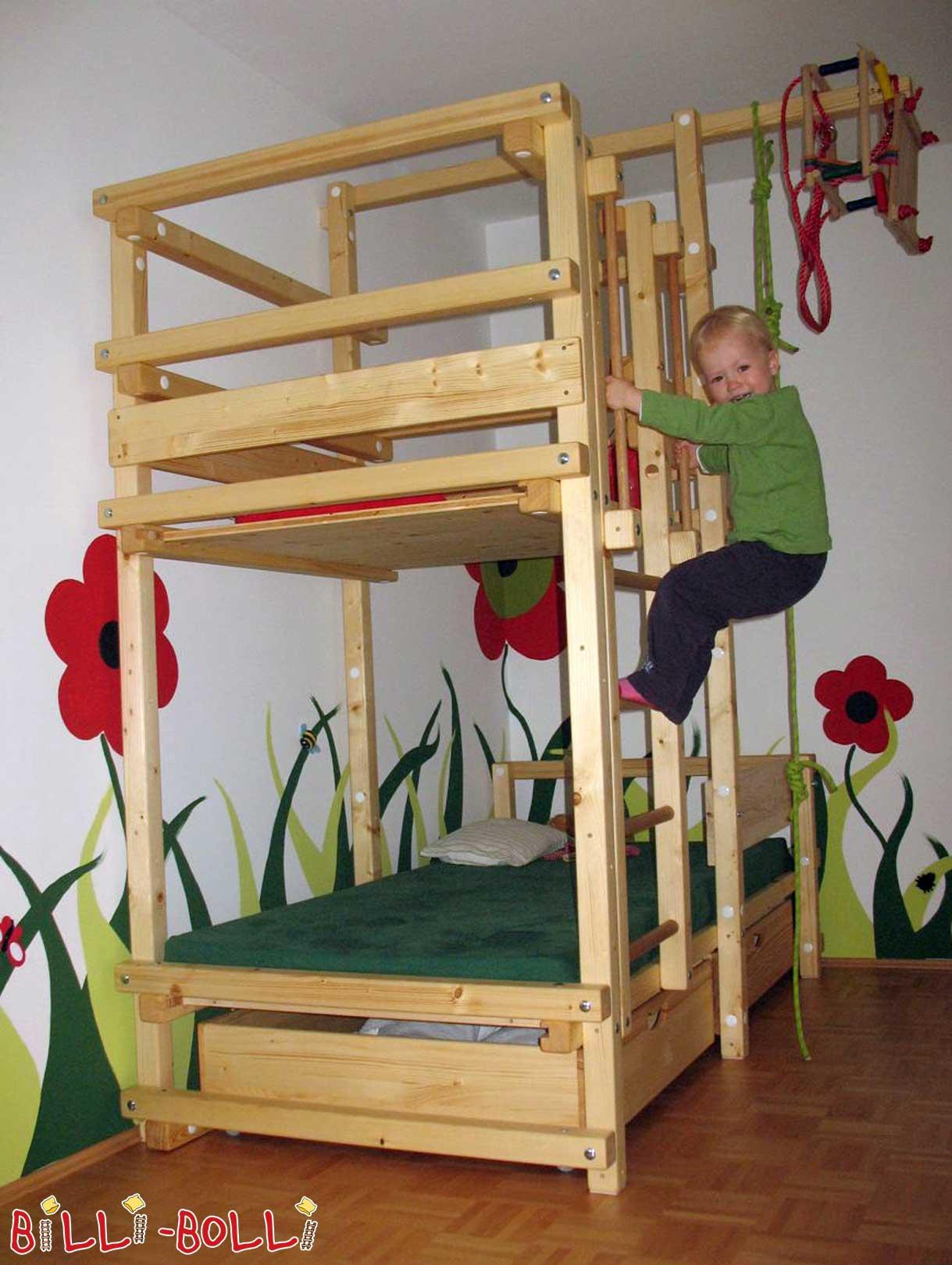 Dachschragenbett Fur Kinderzimmer Mit Dachschrage Billi Bolli