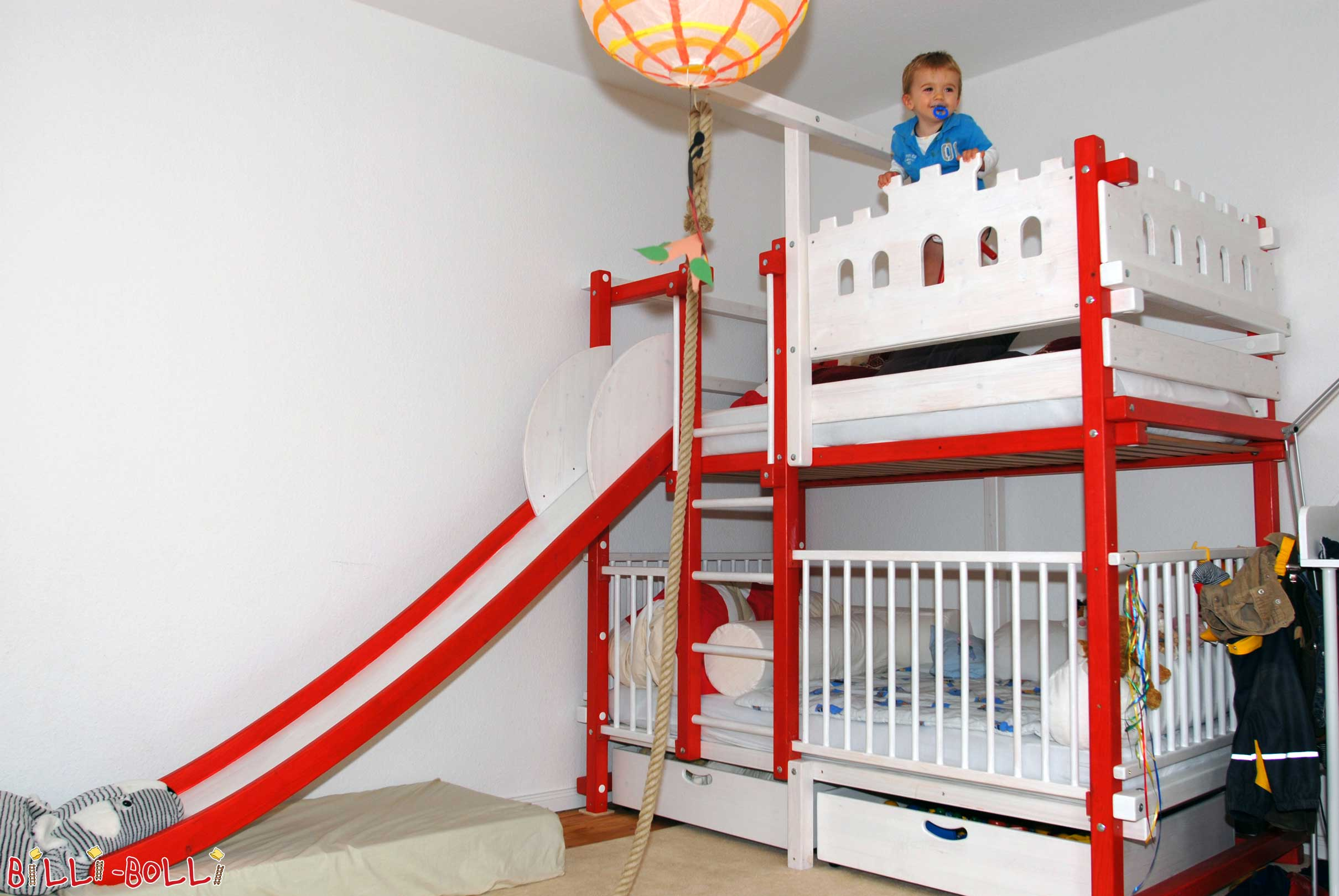 Etagenbett Unten Gitter : Hochbett kinderbett etagenbett babybett abenteuerbett hochbetten
