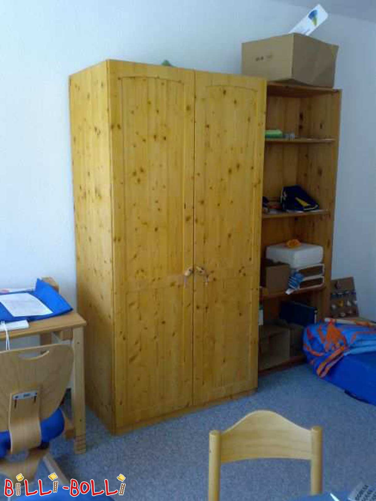 kleiderschrank kinderm bel gebraucht. Black Bedroom Furniture Sets. Home Design Ideas